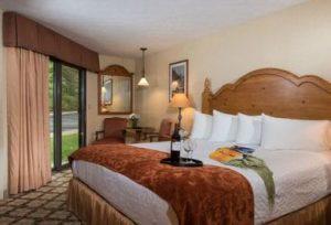 Resort King ADA (t)